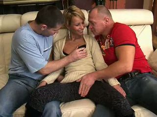 Gipsy Girl fucked with champagne bottle Video