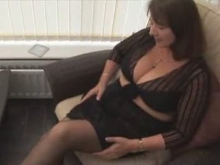 No sosund: Big tits hairy mature in stockings