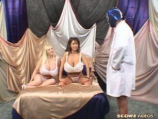 Minka kayla vs blue μπάλες