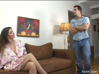 ボインの step-mom クソ 彼女の 息子