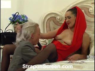 Helena ve randolph mindblowing strapon film