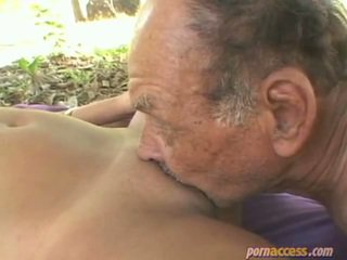 kwaliteit hardcore sex, grootmoeder scène, oma mov