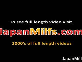 Ayaka Naughty Japanese Milf Spreads Her