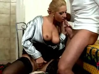 Daria Glower Slobbers On Wang Getting Bra Buddies Cum Sprayed