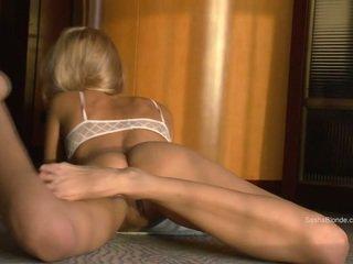 Sasha Blonde spreading her legs