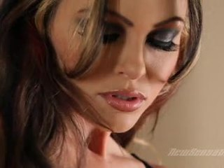 Lusty Lezbo Jesse Capelli Gets Too Hawt To Handle For A Rockin LesBIan Fuck