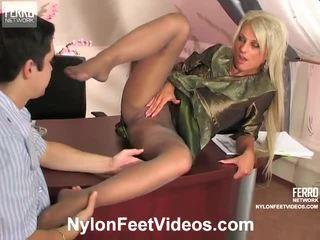 Cornelia And Adam Mindblowing Pantyhose Feet Action