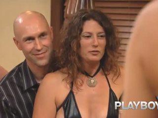 Playboy: playboy hadiah ayunan 107