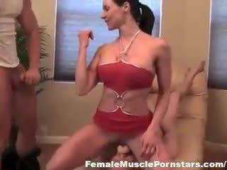 Kendra lust - dickhead y boytoy 1 de 3