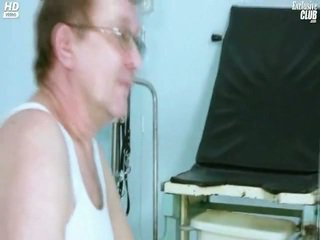 Candie Visiting Her Gyno Doctor For Love Hole Speculum Gyno Exam