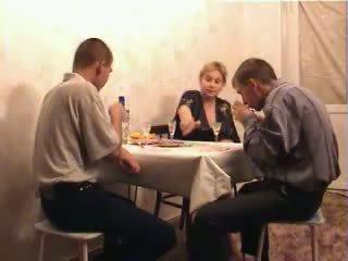 Two Teen Boys Fucked Busty Mom Video