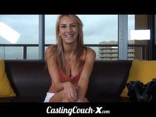 कॅस्टिंग couch-x midwestern ब्लोंड likes दिखा बंद