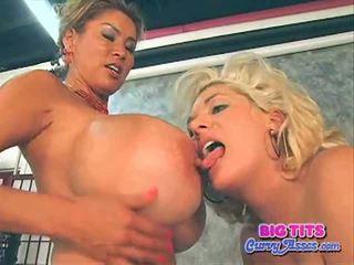 Btca claudia marie और minka. विशाल breast हॉट southern गर्ल और एशियन