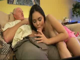 Gammel daddy faen nabo youngest datter video
