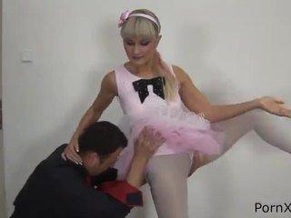 Freaky ballet dancer anita has vyrobený láska wazoo počas the rehearsal