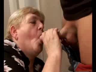 มีอารมณ์ รุ่นยาย gilf swallowing ผู้หญิงสวย หำ