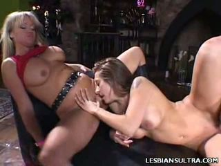 Sexy Lesbo Helps Out