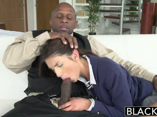 Blacked verklig modell august ames loves svart kuk