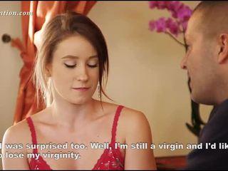 Jeune virgin déshabillement