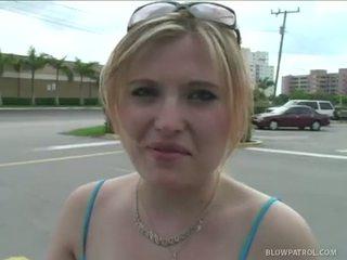Canadian Tourist Katrina Gives Great Blowjob