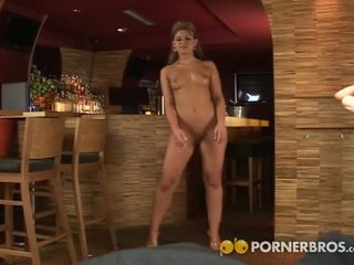 Porner premium: צ'כית בלונדי pov מציצות & אנאלי