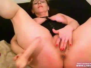 see masturbating, hottest cougar check, free old