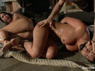 velika sexy yo yo cop girl velika, najbolj scared for a big cock online, si shows their shaved