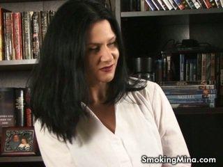 hq brunette, vol roken mov, heet kindje video-