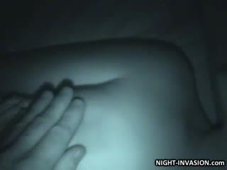 ตุ๊กตา stroking shaft ใน การนอนหลับ