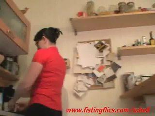 Nghiệp dư vợ hậu môn fisted trong các nhà bếp