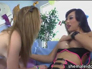 Asian shemale Venus Lux fucks hot girl Mattie Borders
