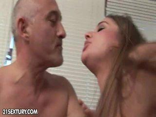plezier brunette porno, beste spuitende film, heetste zoenen vid