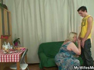 Künti oldie seduces son in law