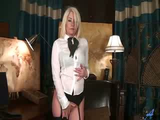 Sexy blonde mom first naughty video
