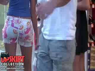 Caldi ragazze in sederona scopata scopata pants molto rapidamente fatto il uomo sentire il hardon in suo pants