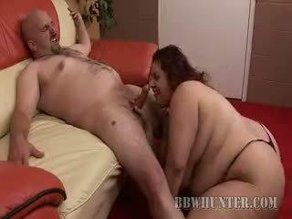 Hot Plumper Reyna