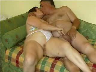 Exhibitionistmature חם stimulating בוגר זוג