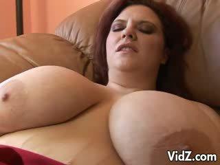 Obese slut Indulges Fuck Hole with Dark Meat