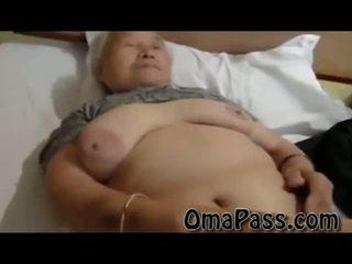 Ļoti vecs resnas japanes vecmāmiņa jāšanās tik grūti ar viens vīrietis video