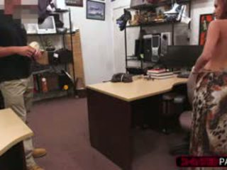 Girl Sucks Pawn Owners Gun For Some Cash