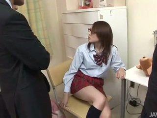 Jaapani teismeline rino mizusawa kiimas löök panemine