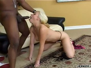 Hawt blond adrianna nicole gagging a massive ireng meat
