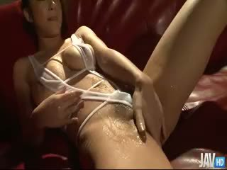 Satomi Suzuki's Pussy Oiled Up And Teased With A Toy
