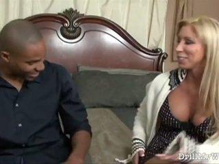 Gorące homemaker gets the czarne chuj ona craves