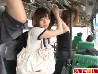 Yuu asakura with a sik on the awtobus
