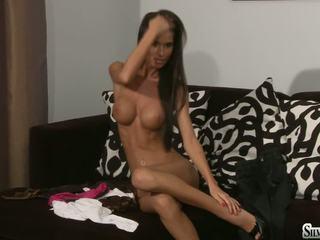 Hot nymph nessa devil esuk make love