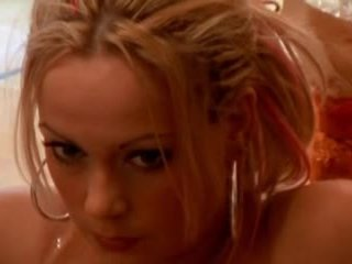 Sanna brading zviedri aktrise - a hole uz mans sirds
