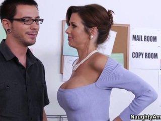 Learning da suo tettona boss