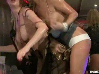 hardcore sex, kijken groepsex kanaal, hq groepsseks thumbnail