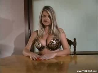 Vicky vette - look whats up my latinos scene 1
